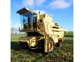 Combine harvester New Holland S 1550