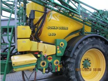 Trailed sprayer John Deere 840: picture 2