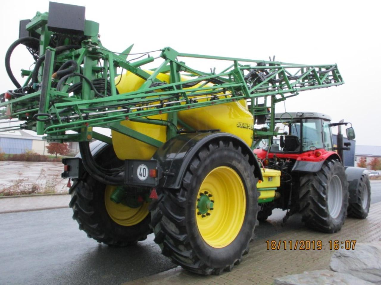 Trailed sprayer John Deere 840: picture 7