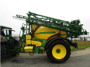 Trailed sprayer John Deere 840i Isobus
