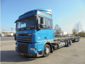 DAF FAR XF 105-410 6X2 - container transporter/ swap body truck